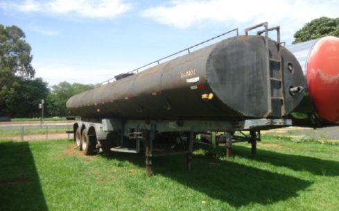 Carreta tanque Guerra 1985
