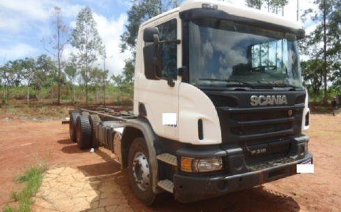 Scania P 310 B 6X4 Plataforma 2017
